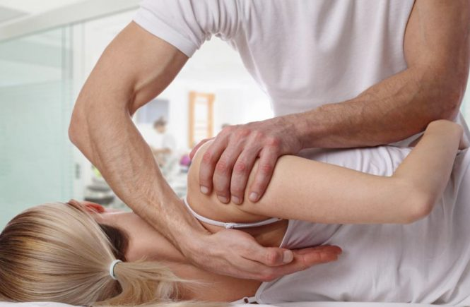 chiropractic benefits and risks