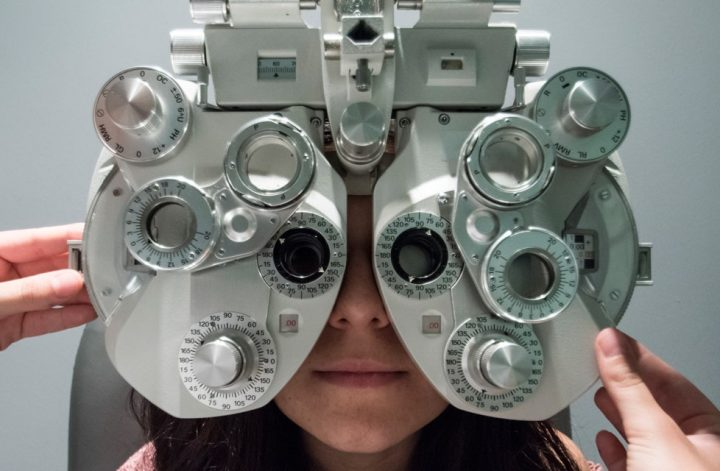 eye-exam-for-correct-vision
